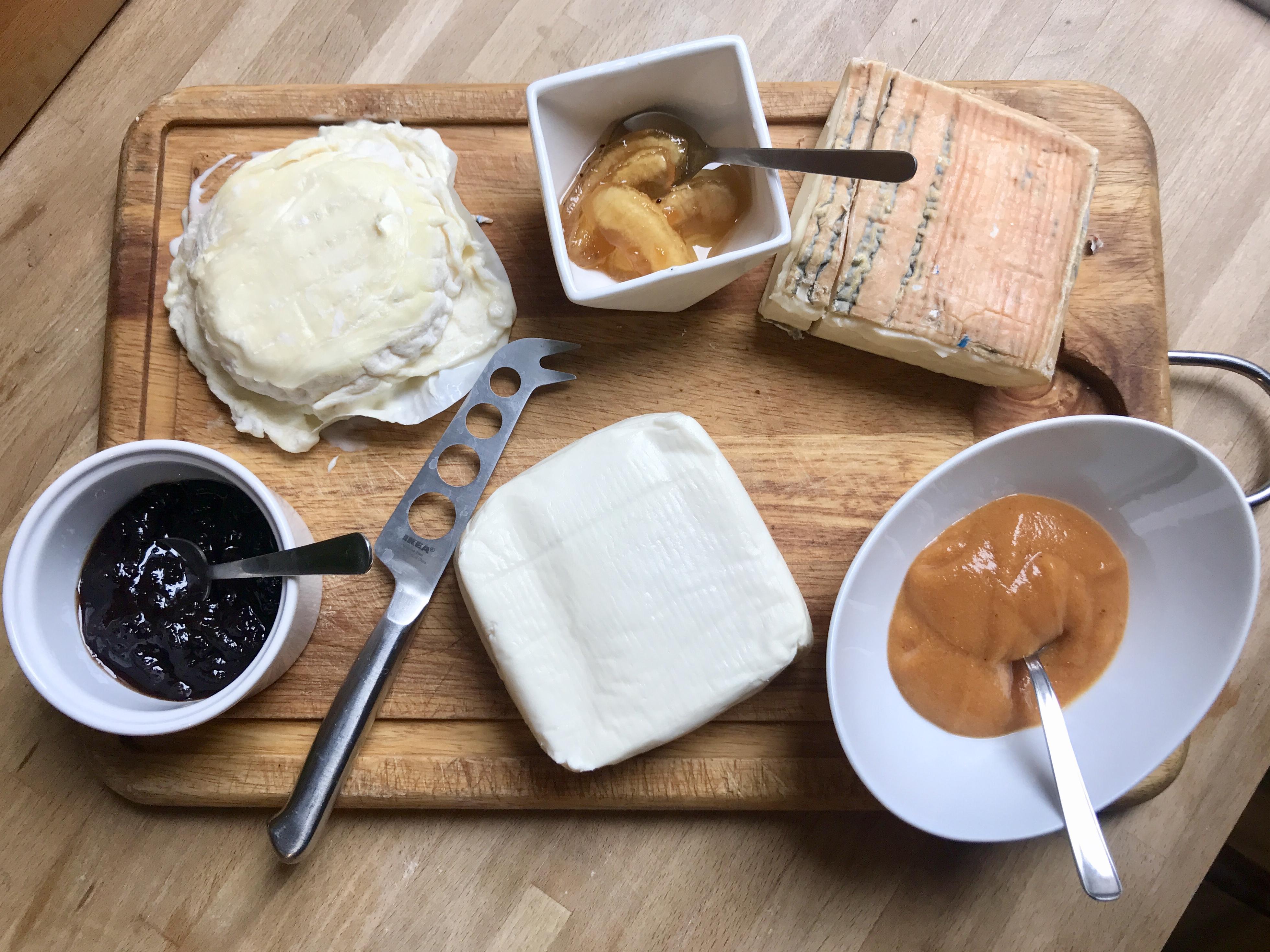 formaggi e mostarde tipiche